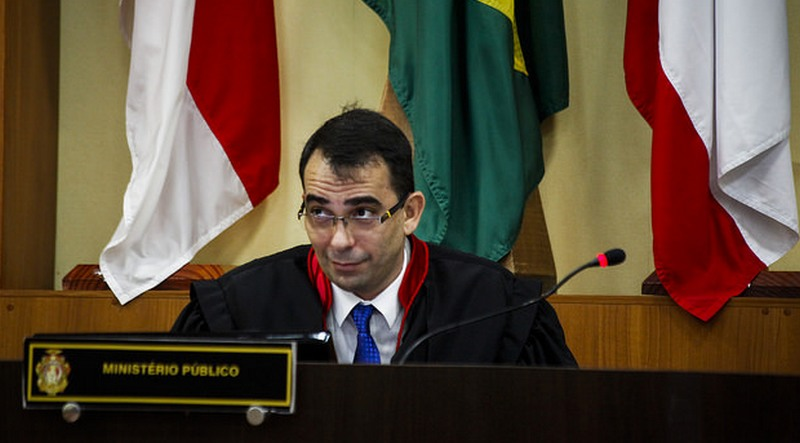 Procurador-geral do Estado Fábio Monteiro contesta motivos da Seap para desativar semiaberto (Foto: Raphael Alves/TJAM)