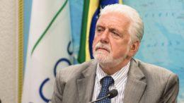 Ex-ministro Jaques Wagner é considerado o único nome viável para substituir Lula na eleição à Presidência (Foto: Marcelo Camargo/ABr)