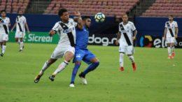 Nacional (de azul) segurou empate com a Ponte Preta, mas vaga ficou com o time paulista na Copa do Brasil (Foto: Nacional/Divulgação)