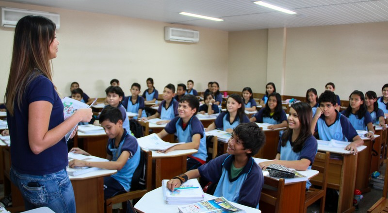 Abono do Fundeb a professores do Amazonas será pago no dia 15 deste mês