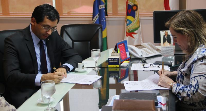 TCE e MPF vão compartilhar informações sobre gestão de dinheiro público
