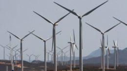 Com 135 parques, o Rio Grande do Norte é o Estado que mais produziu energia usando ao força dos ventos (Foto: Alberto Coutinho/GovBA/CC)