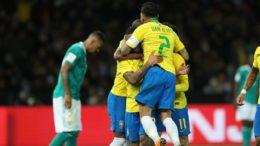 Jogadores celebraram gol de Gabriel Jesus que garantiu o triunfo do Brasil (Foto: Lucas Figueiredo/CBF/Divulgação)