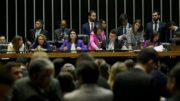 Mulheres presidiram sessão que aprovou projetos da bancada feminina na Câmara dos Deputados (Foto: Wilson Dias/ABr)