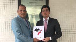Cirilo Anunciação (presidente) e Reino Castelo Branco vice) formalizaram mudança no comando do PTB no TRE (Foto: Divulgação)