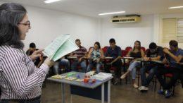 Curso de idiomas oferecido pro programa de bolsa da Prefeitura de Manaus (Foto: Marinho Ramos/Semcom)