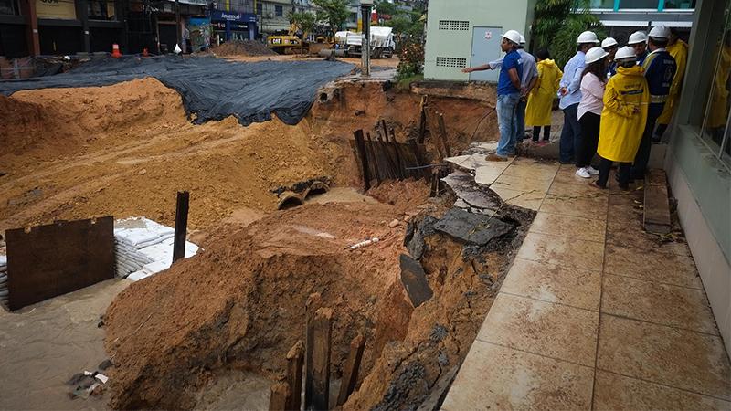 Tubulação de concreto passou em teste com forte chuva nesse sábado, em Manaus (Foto: Lucas Silva/Semcom)