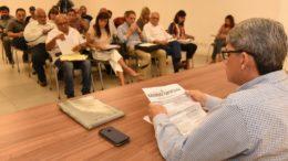 Secretário Francisco Doedato formou grupo de negociação para discutir reajuste salarial na saúde (Foto: Roberto Carlos/Secom)