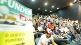 Professores cobraram aplicação de dinheiro do Fundeb na educação em audiência pública (Foto: Divulgação)