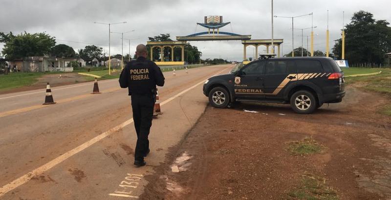 Polícia Federal fecha acesso a Humaitá em operação contra incêndios criminosos