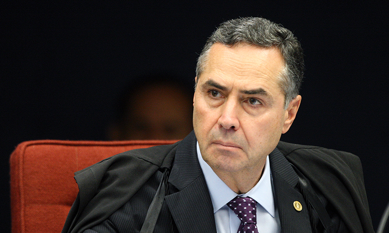 'Brasil vive refundação das suas bases éticas', diz Luís Roberto Barroso