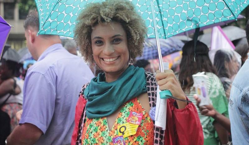 Justiça multa Facebook em R$ 100 mil por publicações sobre Marielle Franco