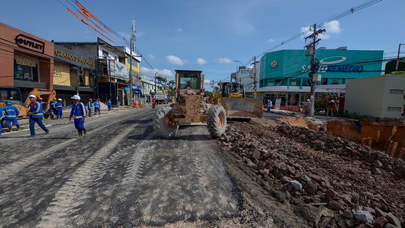 Prefeitura finaliza reparos em trecho a ser liberado na Djalma Batista