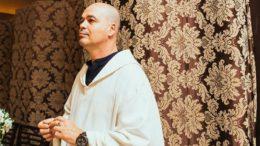 Padre Beto alegou que não teve direito à defesa ao ser excomungado pela Igreja (Foto: Divulgação)