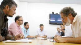Reunião para discutir parceira entre Seminf e SRMM