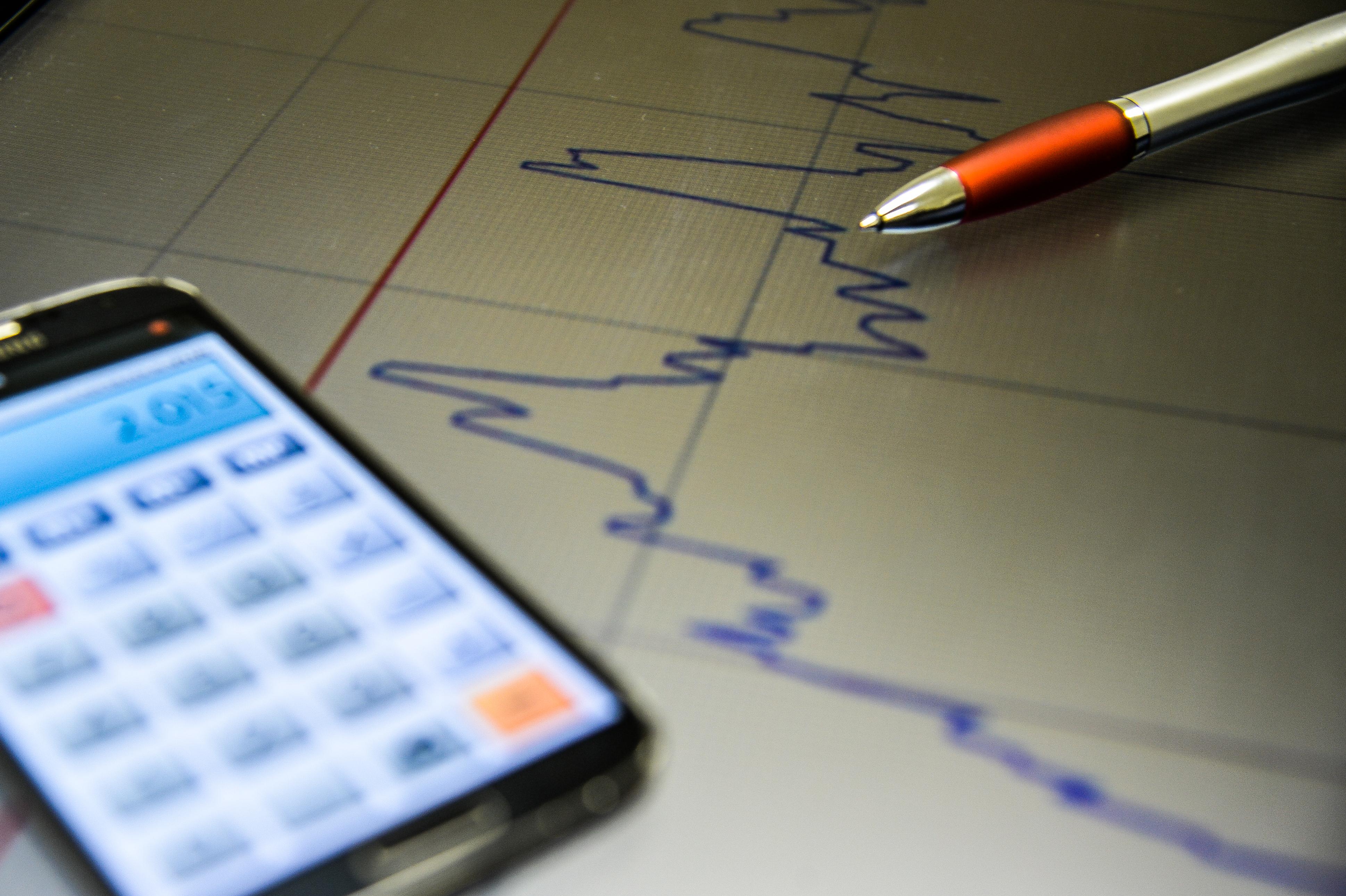 Juro no crédito sobe para 42,2% em fevereiro, diz Banco Central