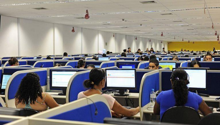 Na ligação, o operador deverá identificar-se imediatamente, citando para qual empresa trabalha e informar um número de retorno (Foto: Marcelle Cristinne/ASN)