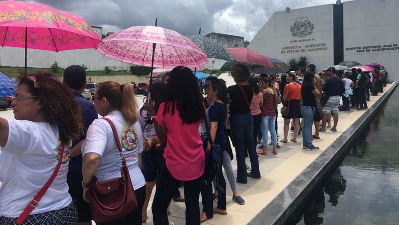 Deputados do Amazonas decidem sobre impasse no reajuste salarial de professores