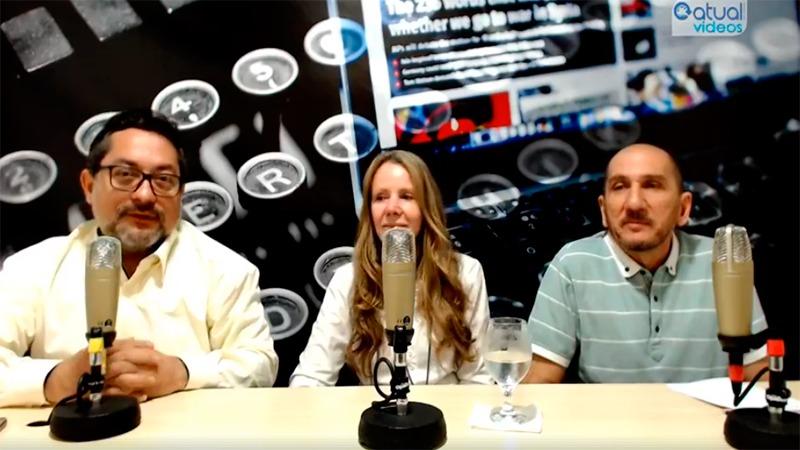Senadora Vanessa Grazziotin foi entrevistada pelos jornalistas Valmir lima (à esquerda) e Cleber Oliveira, do ATUAL (Foto: ATUAL)