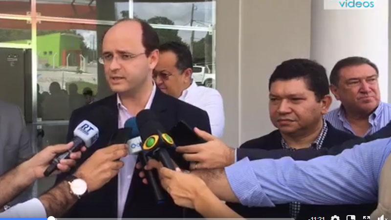 Rossieli Soares participou da inauguração de clínica veterinária do Ifam em Manaus (Foto: ATUAL)