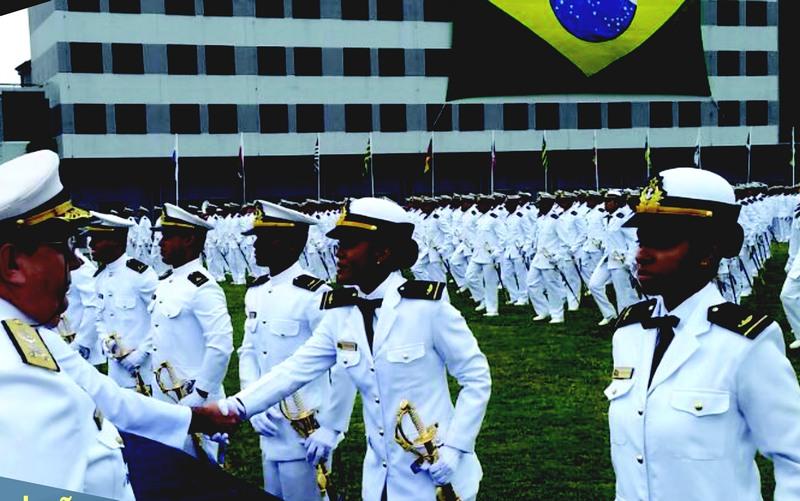 Aspirantes femininas poderão participar do concurso, segundo consta no edital (Foto: Marinha/Divulgação)
