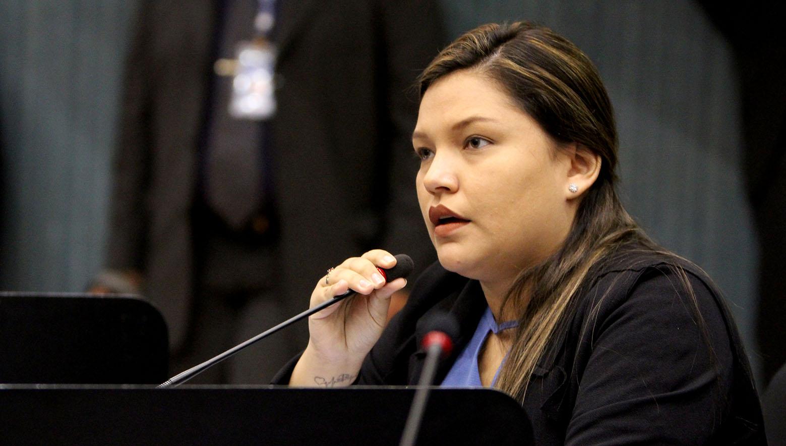 Machismo e censura contra vereadora Joana D'Arc na Câmara  Municipal de Manaus