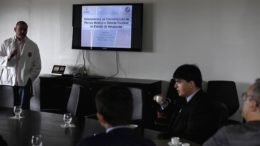 Projeto foi apresentado pelo médico Lin Hung Cha, diretor do IML-AM, à direção do TJAM (Foto: Raphael Alves/TJAM)
