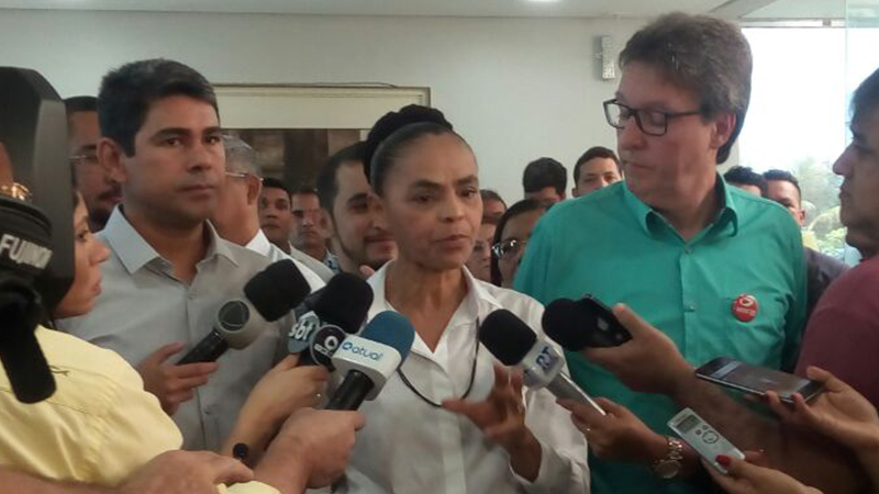 Marina Silva diz em Manaus que PT, PMDB e PSDB precisam tirar férias de 4 anos