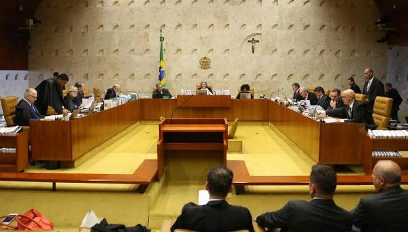CCJ aprova projeto que impede ministro do STF de suspender lei