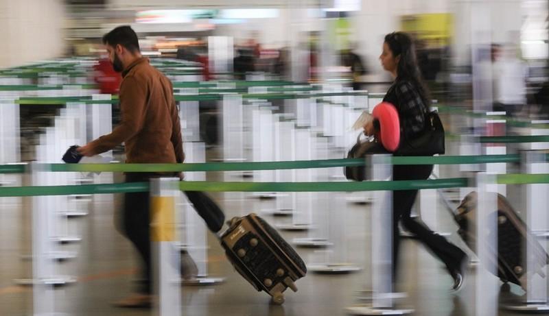 Cresce a busca por intercâmbio no exterior após ensino médio