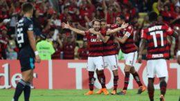 Éverton Ribeiro marcou os dois gols do triunfo rubro-negro sobre o Emelec (Foto: Gilvan de Souza/Flamengo)
