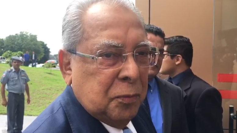 Amazonino diz que povo tem razão em se indignar com os políticos diante de tantos casos de corrupção (Foto: ATUAL)