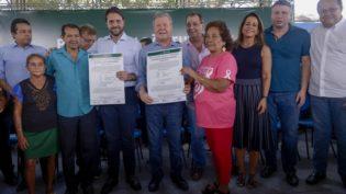Ministro das Cidades assina acordo de regularização fundiária em Manaus