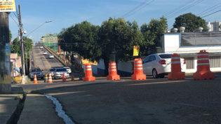Interdição de tráfego pesado na ponte de Educandos muda itinerário de ônibus