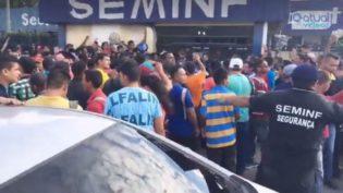 Busca por emprego atrai milhares de trabalhadores à Seminf nesta segunda