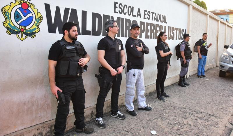 Policiais farão vigilância em escolas diariamente para prevenir contra o tráfico (Foto: Bruno Zanardo/Secom)