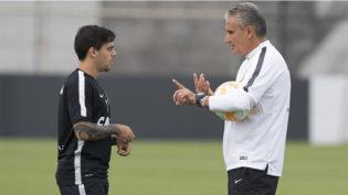 Médico da Seleção aprova e Fagner deve substituir Daniel Alves