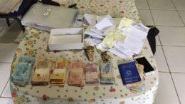 Polícia Federal apreendeu dinheiro, documentos e joias em operação de combate a fraudes no seguro-desemprego (Foto: PF-PA/Divulgação)