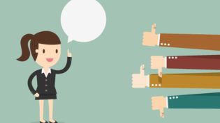 A importância de aprender a ouvir e aceitar um feedback negativo no trabalho