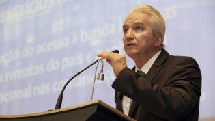Briga judicial inviabiliza satélite que levaria internet ao interior do Amazonas