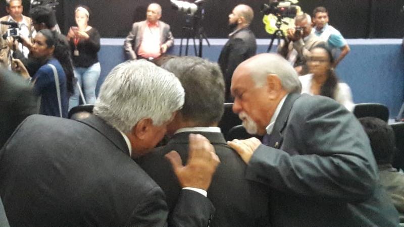 Deputados Mário Bastos, Vicente Lopes e Belarmino Lins traçam estratégia governista para manter veto do governador Amazonino Mendes (Foto: Divulgação)