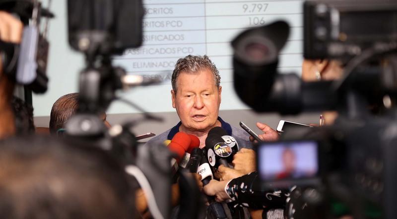 Prefeito Arthur Neto divulgou resultado de seleção para programa de pós-graduação (Foto: Mário Oliveira/Secom)
