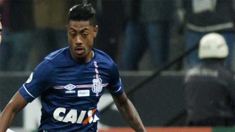 Bruno Henrique marcou o gol do triunfo do Peixe no jogo dos clubes em crise (Foto: Ivan Storti/Santos FC)
