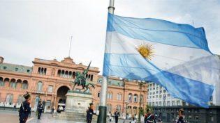 Câmara Argentina aprova projeto que descriminaliza o aborto