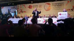 Ciro Gomes se irritou durante o debate deixou o evento sem fazer as considerações finais (Foto: YouTube /Reprodução)