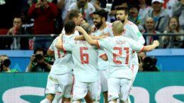 Diego Costa festeja gol contra o Irã que manteve a Espanha com chances de classificação (Foto: Fifa/Divulgação)