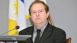 Governador Mauro Carlesse, do PHS, é reeleito no Tocantins