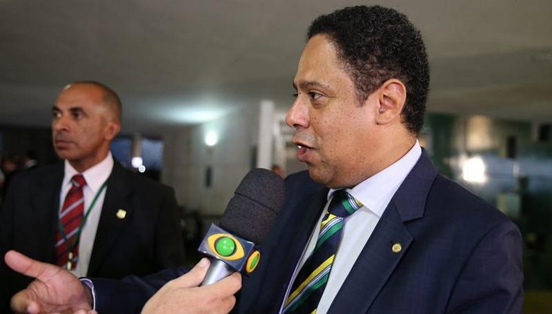 Orlando Silva afirma que PcdoB se identifica com Ciro Gomes e pode abrir mão de Manuela D'Ávila (Foto: Valter Campanato/ABr)