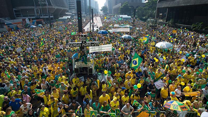 Protestos de 2013 acentuaram insatisfação política e desconfiança do eleitorado (Foto: Marcelo Camargo/ABr)