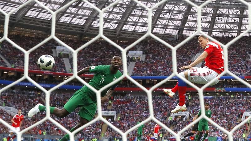Russos atropelaram os sauditas na estreia do Mundial de Futebol, nesta quinta-feira (Foto: Getty Images/Fifa)